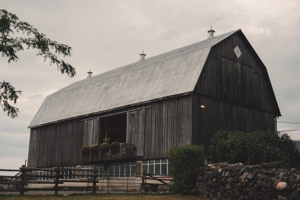 Barn for weddings
